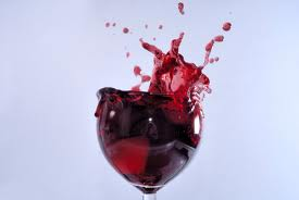 wine glass merlot splash